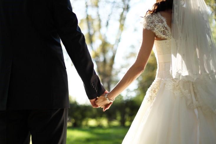 Benarkah Menikah Membuat Berat Badan Naik