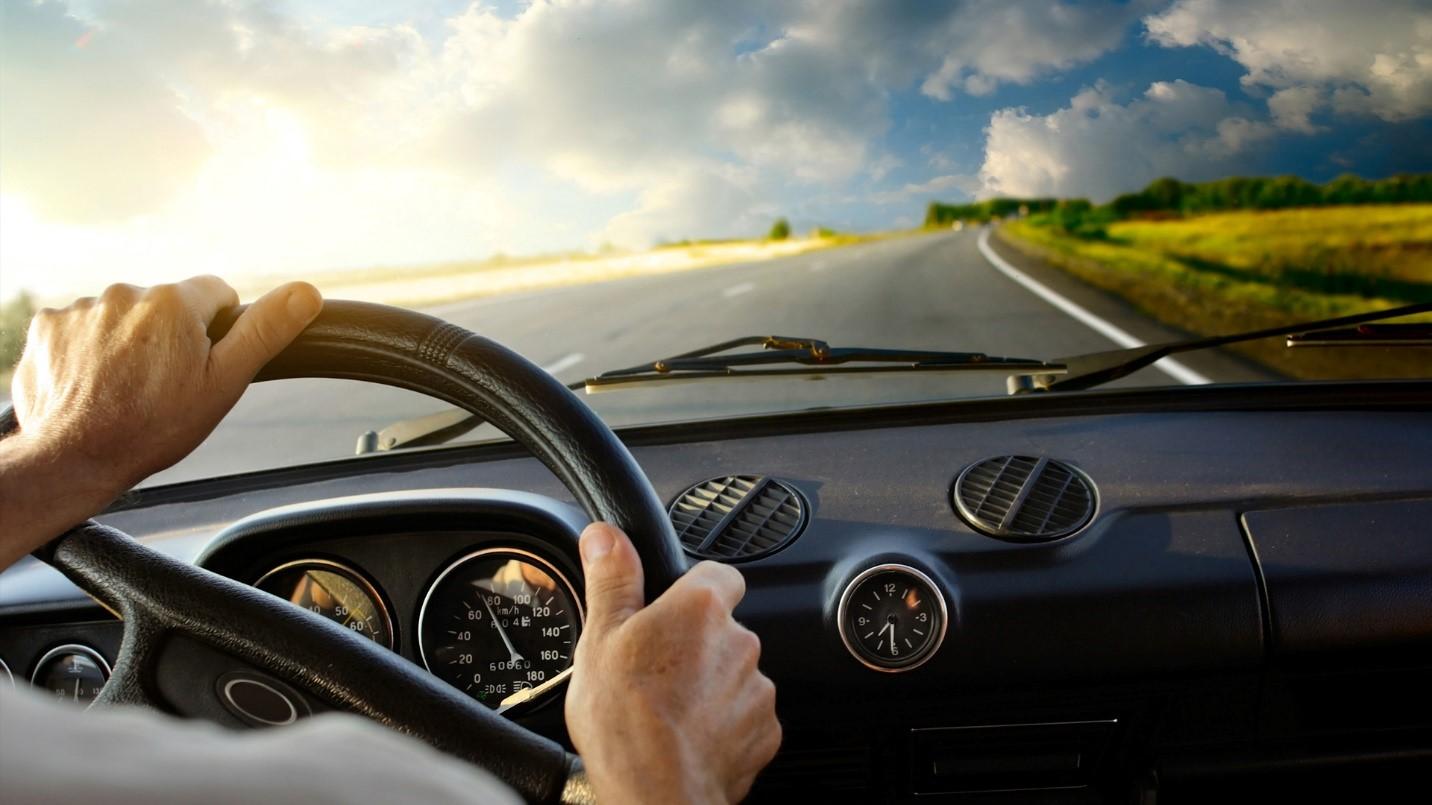 Benar Nggak Sih Sering Nyetir Mobil Bisa Bikin Otak Kurang Cemerlang